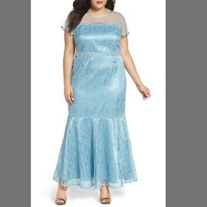 NEW $188 Brianna Mesh Illusion Lace Mermaid Gown